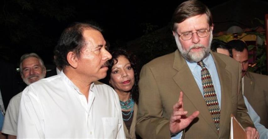 Embajada de Estados Unidos conspiró contra FSLN en elecciones de 2006