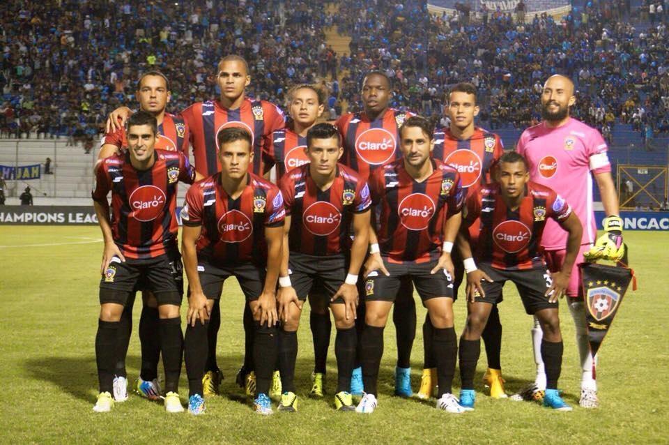 El Motagua vence al Walter Ferretti en la Liga de Campeones