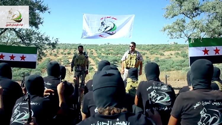 Rebeldes sirios formados por EE.UU.
