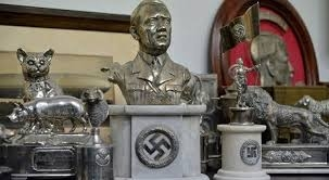 """Un busto de Hitler, objetos nazis y animales momificados: Hallazgo """"impresionante"""" en Buenos Aires"""