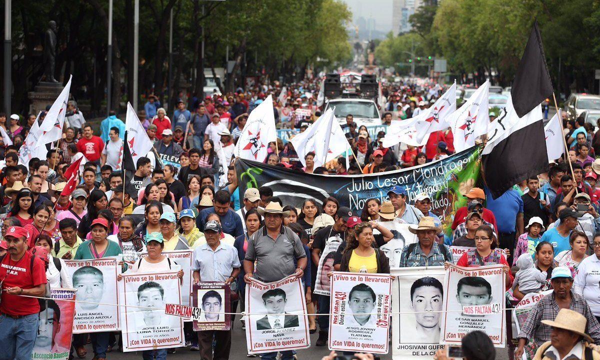 El 'caso Ayotzinapa' busca un nuevo punto de partida